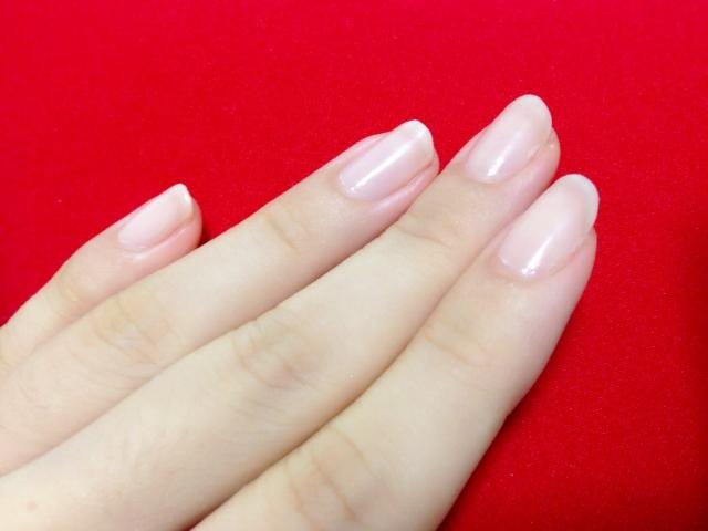 爪が割れる原因と理由【ケア方法】手足の爪をきれいに保つ!