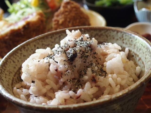 五穀米ダイエット方法「米、麦、豆、あわ、きび」が主成分!